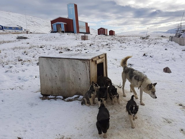 Ice bridge's troubled waters: Inuit seek to save Canada-Greenland link