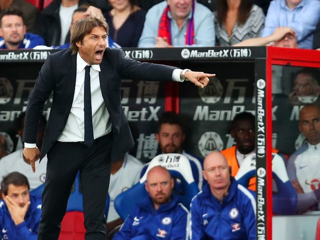 Conte not reacting to Chelsea's latest defeat with hugs and cuddles for the players