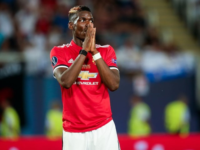 Paul Pogba in trouble with Jose Mourinho