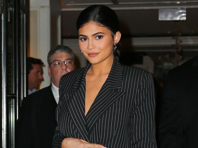 Kylie Jenner Rocks Sheer & Sparkling Pants for Pre-Met Gala Dinner!