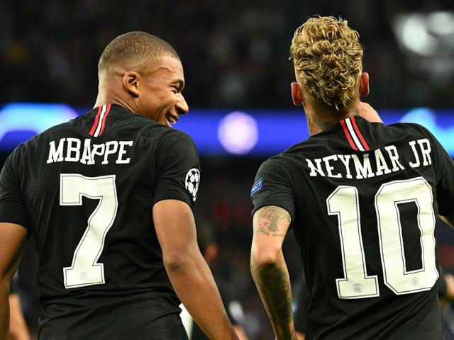 PSG's striker situation: keep Kylian Mbappe by selling Neymar or risk losing both?