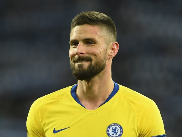 Giroud's 'perfect' hat-trick enters the Chelsea record books