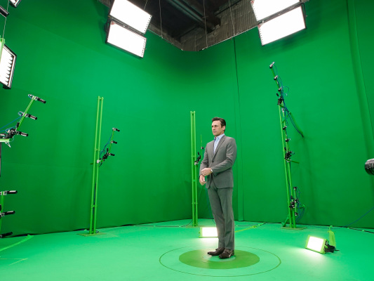 Celebrity hologram startup 8i to lay off half its staff