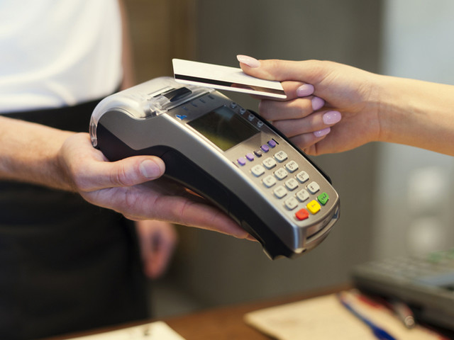 Contactless cards: shouldn't all providers give you the choice to opt out?