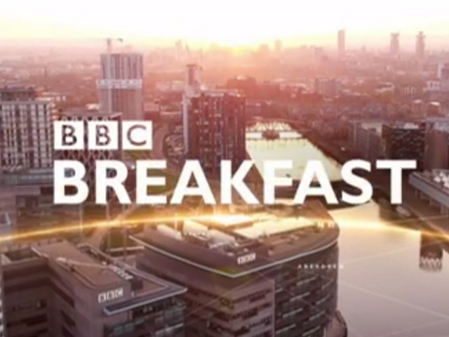 BBC Breakfast viewers asking 'what's going on' with presenters' clothes