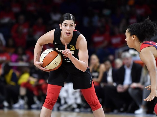 Kelsey Plum really is the WNBA's James Harden