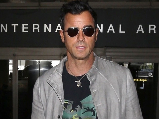 Justin Theroux's Wife Jennifer Aniston Spills on Their Matching Style: 'It's Just Luck!'