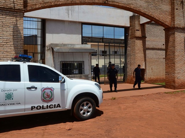 At least 75 inmates on the run after escaping 'through a tunnel' dug at Paraguay prison