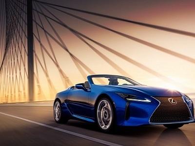 Regatta LC Convertible or Blazing Carnelian Coupe, Lexus Gives EU a Tough Choice