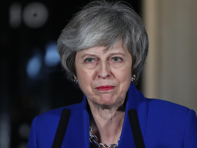 Theresa May Rules Out Snap Election As She Summons Cabinet For 'Brexit Plan B' Talks
