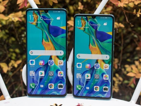 Google To Suspend Some Business With Huawei After US Blacklist