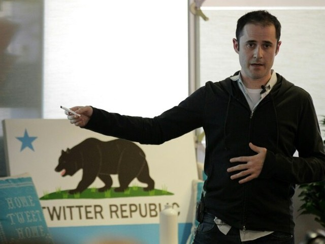 Twitter co-founder Evan Williams leaving board
