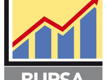 Bursa Malaysia falls on selling in heavyweights