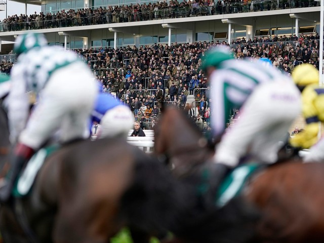 Newspaper tips: Sun Racing's Each-Way Thief and today's horse racing NAPs for Monday