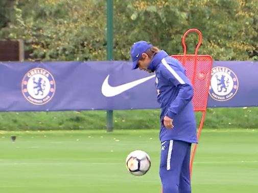 Chelsea Unseen: Famous visitors, Conte skills, and hard work in training