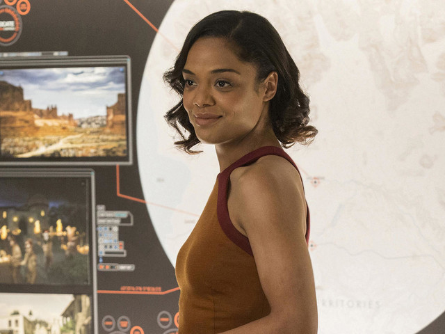 Westworld: Tessa Thompson Reveals Who's in Charge in Season 2