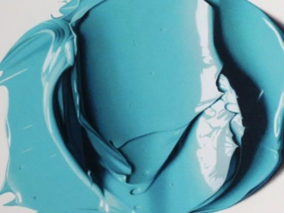 This Artist Appears To Just Be Smearing Paint, But Check Out What She's Really Doing