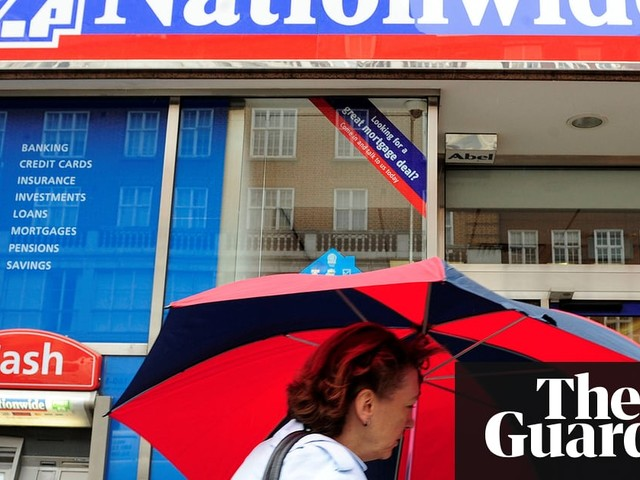 UK savings rates rise, but still lose out to cost of living