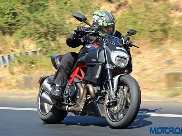 Ducati Diavel Carbon Review : Avant-Garde Allegory