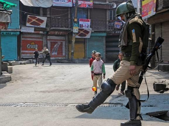Jammu Kashmir LIVE Updates: Eid prayers peaceful, no untoward incident, says Home Ministry
