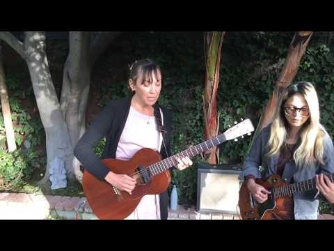 Inara George Performs 'Release Me' LIVE!