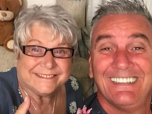 Gogglebox fans rejoice as Jenny and Lee reunite
