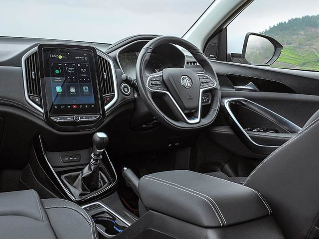 MG Hector interior highlights detailed