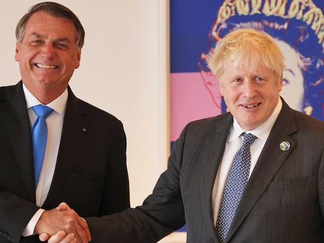 Boris Johnson Needles Brazil's Anti-Vax President While Promoting Vaccine