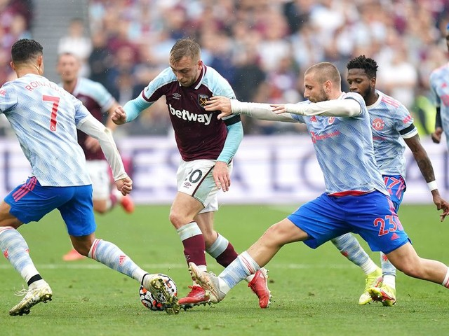 Leicester City and Liverpool still 'scouting' exciting West Ham forward
