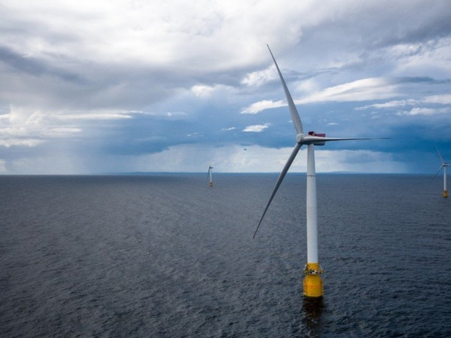 World's First Floating Wind Farm Starts Producing Electricity In Scotland