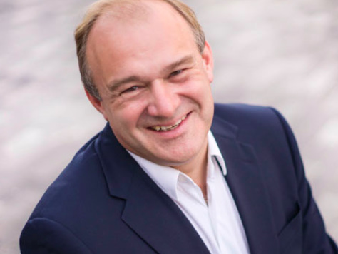 Ed Davey: Lib Dems to spend £100bn to tackle climate emergency
