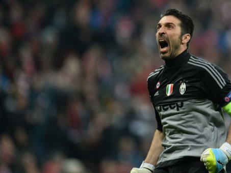 Buffon joins Messi, Ronaldo on UEFA shortlist