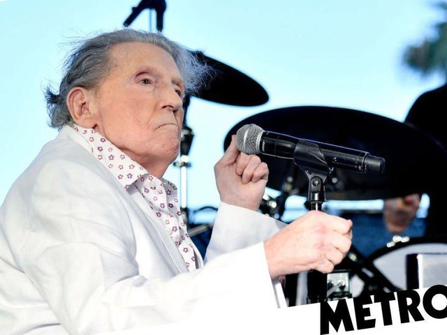 Jerry Lee Lewis finally heads home after three-month stay in rehab centre following stroke