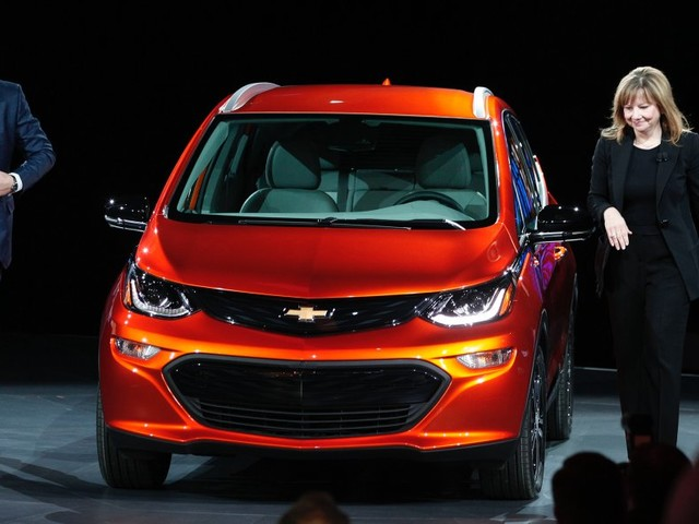 GM promises 20 all-electric cars by 2023 (GM)