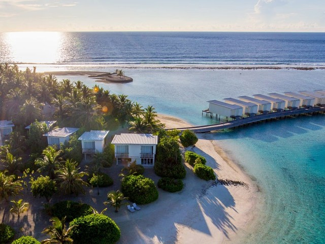 The best ways to use an IHG Rewards free night certificate — from resort villas to swanky international hotels