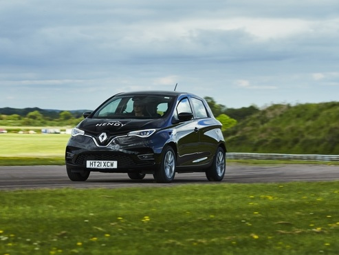 Renault Zoe achieves 475 miles on a single charge
