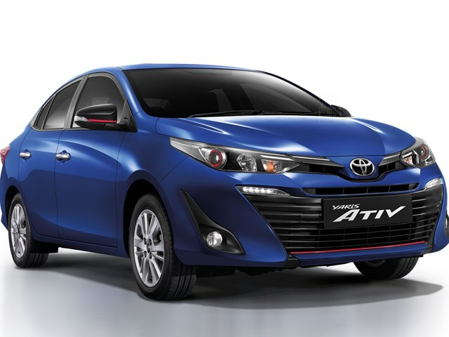 2018 Toyota Yaris Ativ sedan revealed
