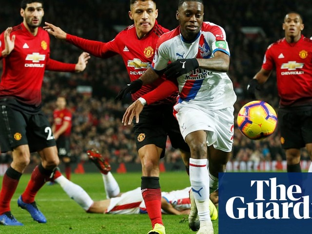 Aaron Wan-Bissaka can shine at Old Trafford but patience will be needed | Dominic Fifield