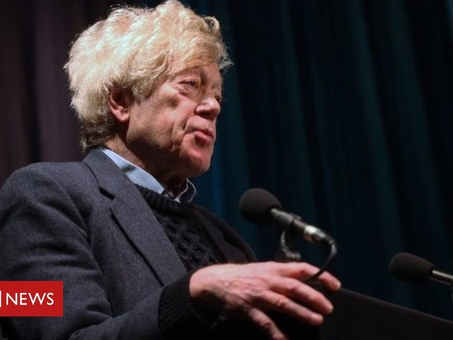 Academic Sir Roger Scruton sacked from housing role