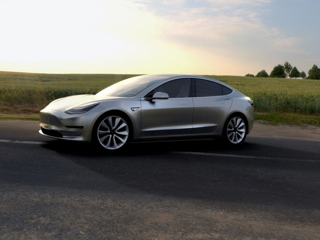 Tesla Model 3: Musk confirms 50kWh and 70kWh batteries