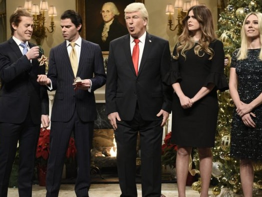 'Saturday Night Live': Alec Baldwin's Donald Trump Declares 'The War on Christmas Is Over'
