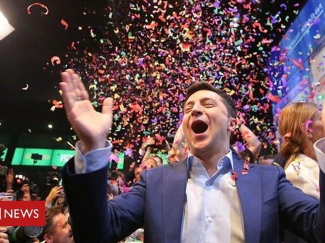 Ukraine election: Comedian Volodymyr Zelensky wins