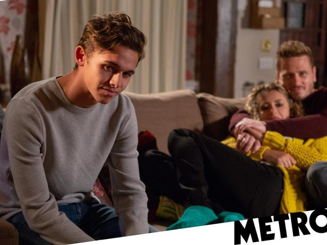 Emmerdale spoilers: Scandal as teacher Maya Stepney shares kiss with underage student Jacob Gallagher