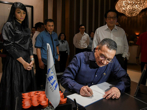 Hishammuddin: Yeoh's passing a reminder not to fight one another regardless of race, religion