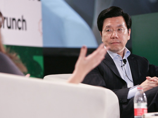 Former Google China head targets AI opportunities with new $900M Sinovation fund