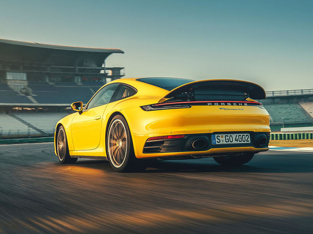Porsche 911 Carrera S 2019 review: first drive on track