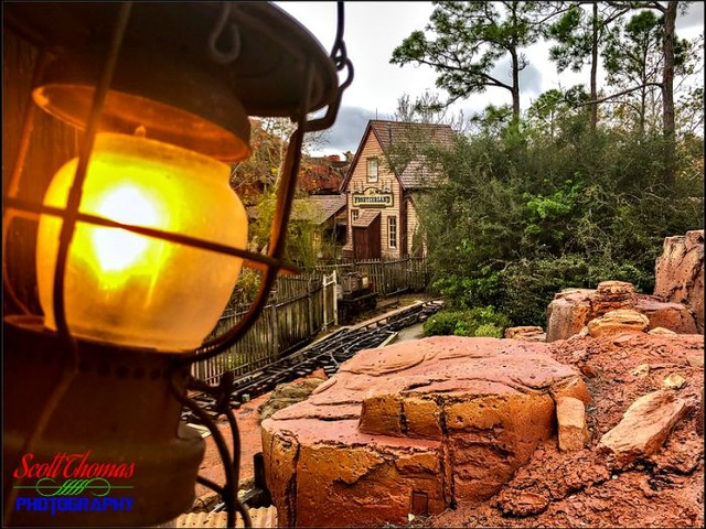 Disney Pic of the Week: Frontierland Train Station iPhoneography