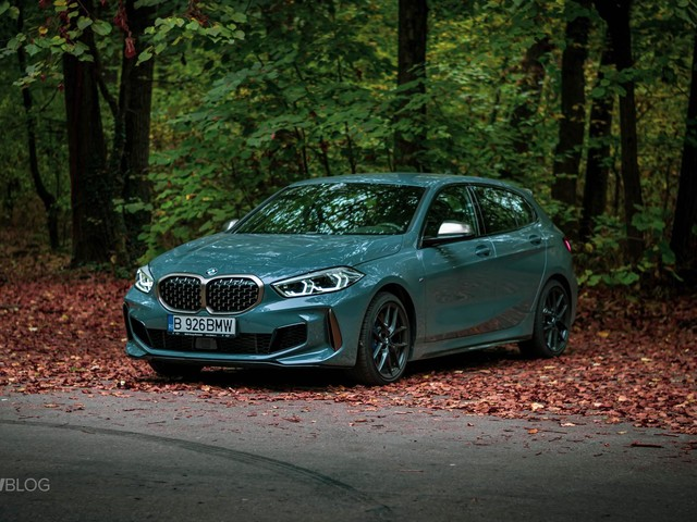 Can the BMW M135i take on the Volkswagen T-Roc R?
