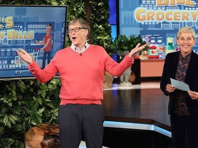 Watch Billionaire Bill Gates try to guess the prices of normal people groceries