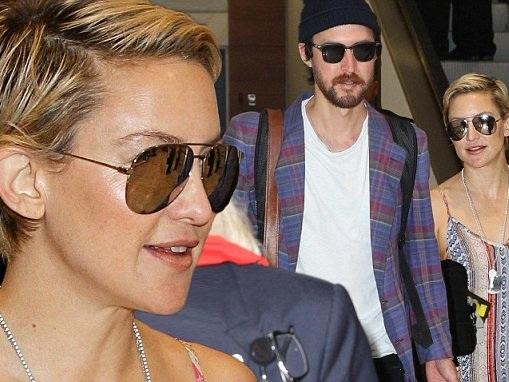 Kate Hudson arrives in Australia with beau Danny Fujikawa